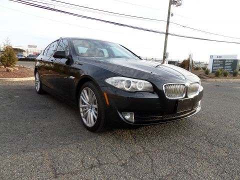 Pre-Owned 2011 BMW 5 Series 550i With Navigation