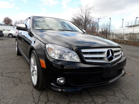 Pre-Owned 2009 Mercedes-Benz C-Class 3.0L Sport RWD 4dr Car