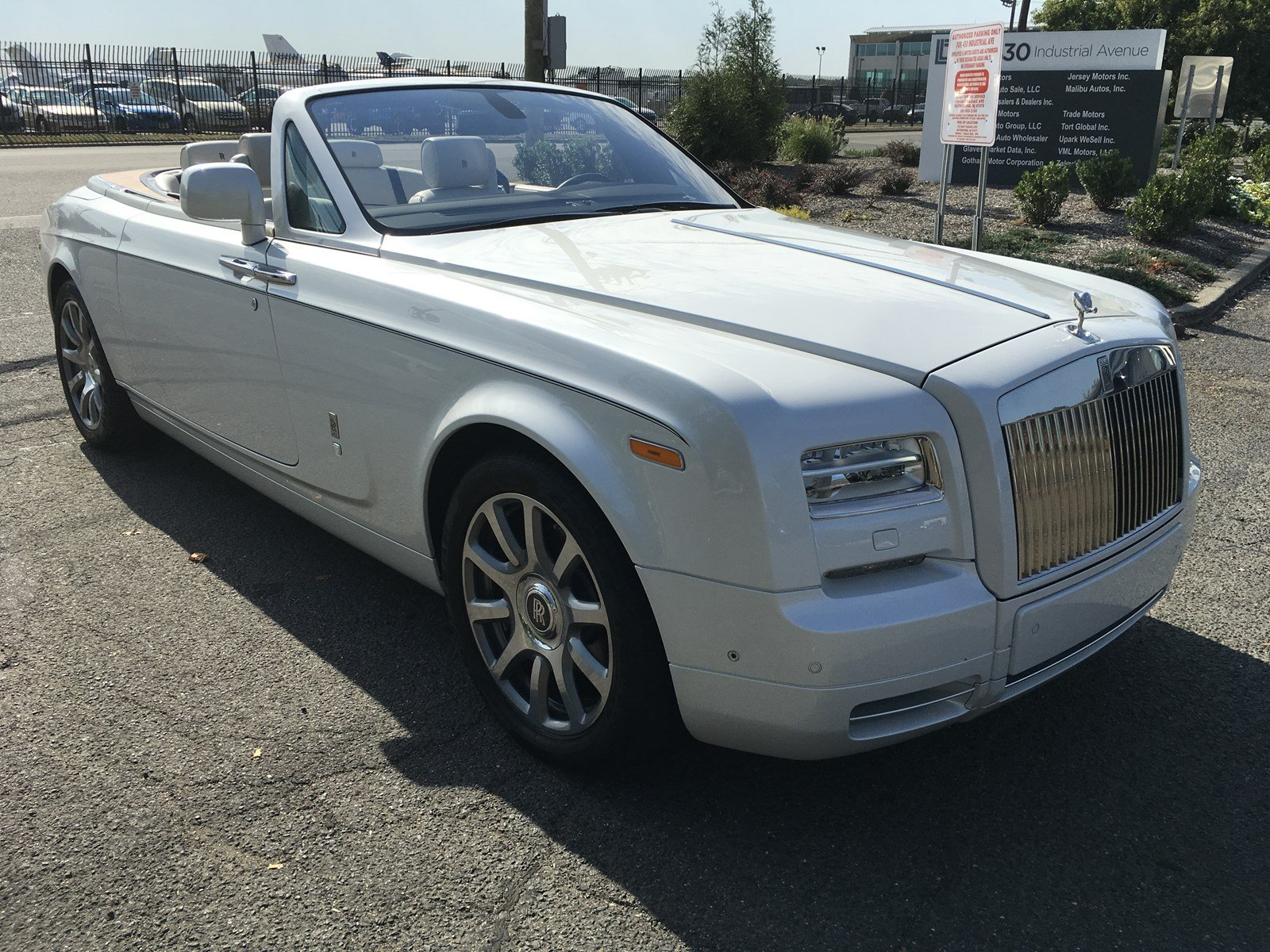 Pre-Owned 2015 Rolls-Royce Phantom Coupe Drophead