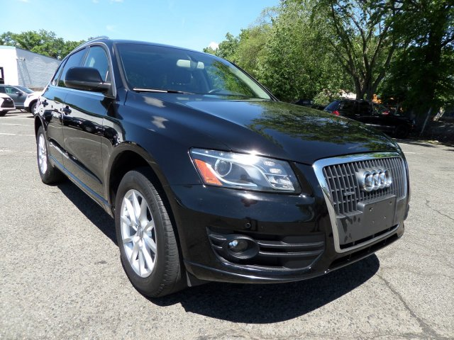 Pre-Owned 2012 Audi Q5 2.0T Premium Plus