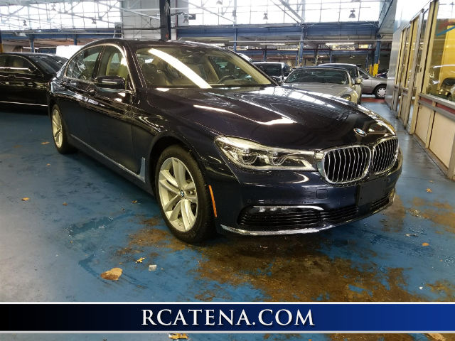 Pre-Owned 2016 BMW 750i xDrive