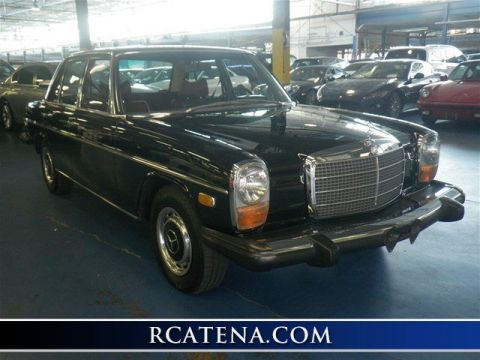 Pre-Owned 1975 Mercedes-Benz 240