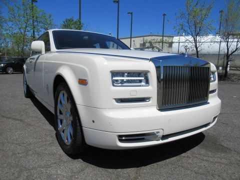 Pre-Owned 2015 Rolls-Royce Phantom With Navigation