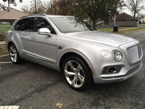 Pre-Owned 2017 Bentley Bentayga W12 AWD